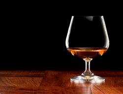 gI_63933_Brandy Glass